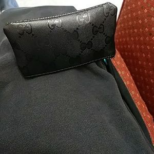 Gucci wallet w/tags